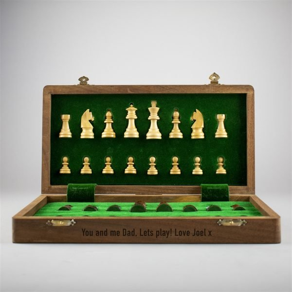 Personalised chess set
